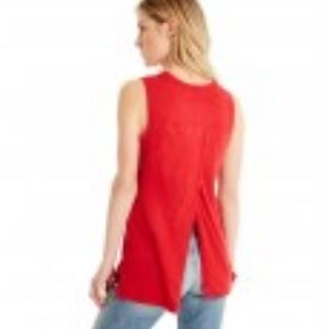 MICHAEL STARS RED CREW NECK TANK WITH BACK SLIT 😍